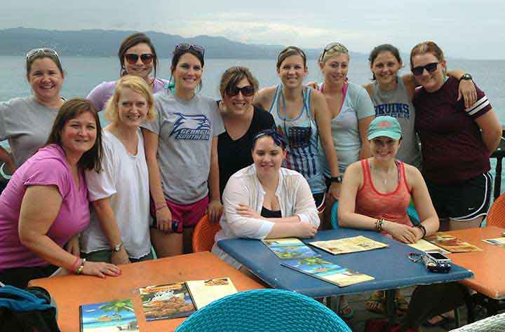 Sierna Fritz and Nursing students posing for the camera in Jamaica.